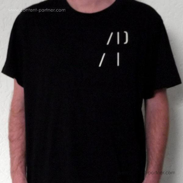 Authentic Pew T-Shirt - Black (L)