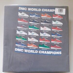DMC T-SHIRT - CHAMPIONS (GREY) M