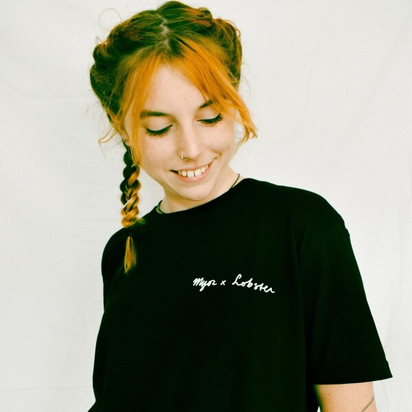 Deep Into The Jungle Tee - Black Short Sleeve T-shirt M