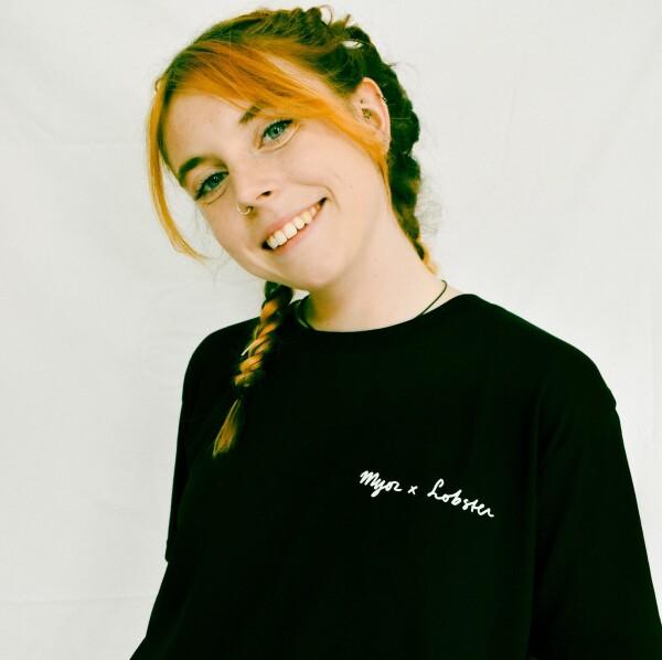 Ma Bae Be Luv T-shirt - Black Short Sleeve T-Shirt L