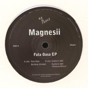 Magnesii - Fata Oasa EP