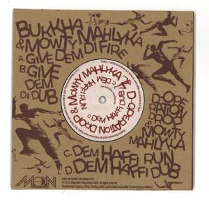 Moonshine Recordings Meets [2x7inch] - Mowty Mahlyka Uptown ft Bukkha & D-Operation Drop (Back)
