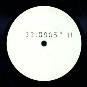 Unknown Artist - 32.8905° N (VINYL ONLY / COLOURED VINYL)